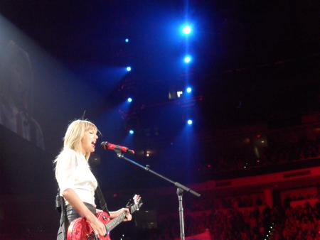 Taylor Swift 4