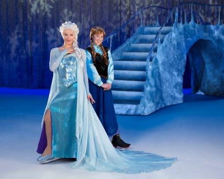 Disney on Ice, Frozen, Anna and Elsa